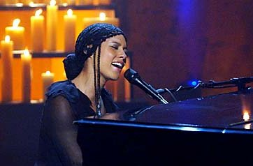 alicia keys at tribute to heroes